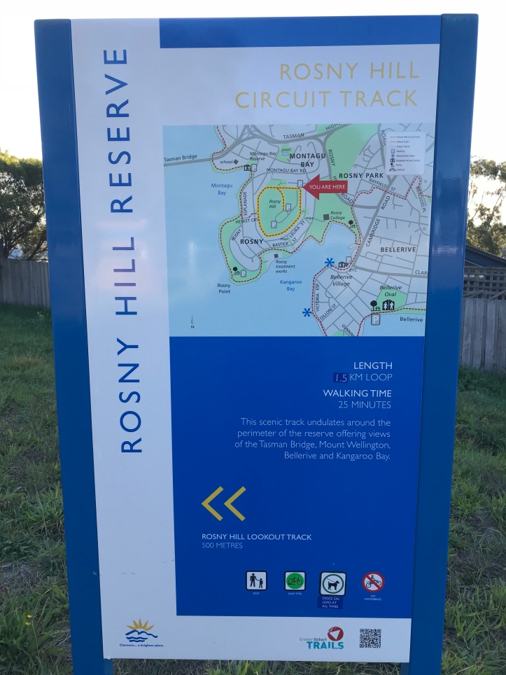 Photo of the information sign on Rosny Hill Nature Recreation Reserve